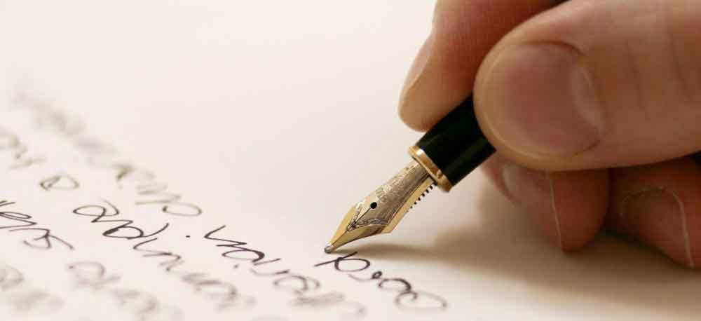 """""""Scrittura a mano rischia di sparire"""", allarme della Crusca"""