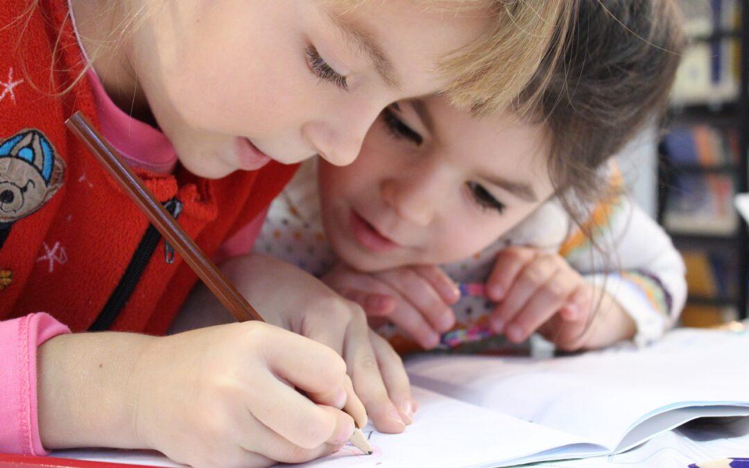 L'importanza della scrittura a mano nella crescita e nell'apprendimento